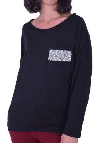 Μπλούζα μακρυμάνικη με τσεπάκι μαύρη